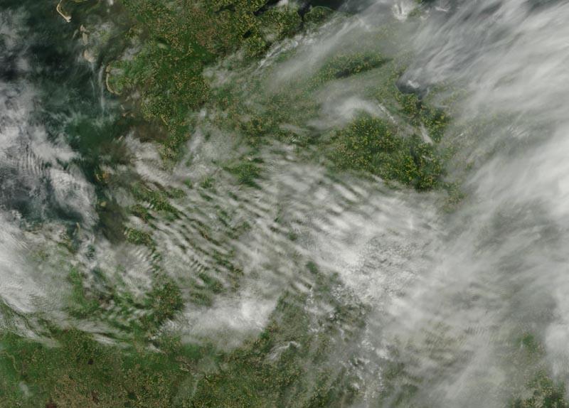 Terra/MODIS2012/13905/18/201210:25 UTC