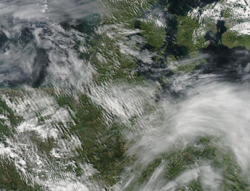 Aqua/MODIS2012/13905/18/201212:10 UTC