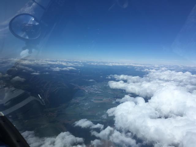 Bild 2 (149-1047LT): Blick Richtung Westen auf Wernigerode, wieder mit Leelücke